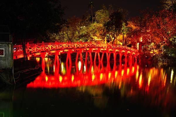 Hanoi by night. Rising Sun Bridge