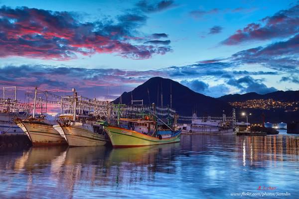 D5D_9337 日出漁港 Sunrise view of the fishing port