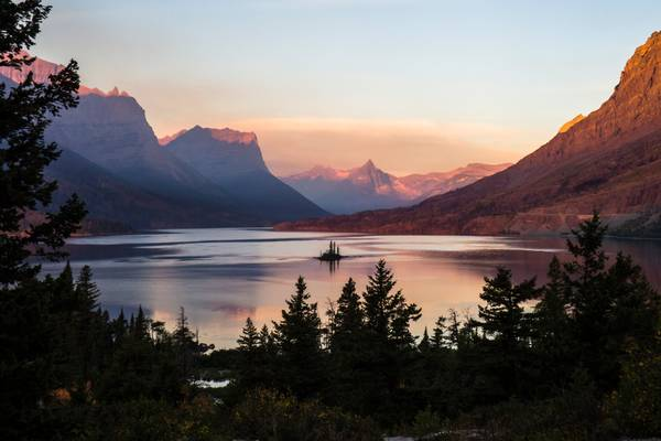 Wild Goose Island, Saint Mary Lake, early morning