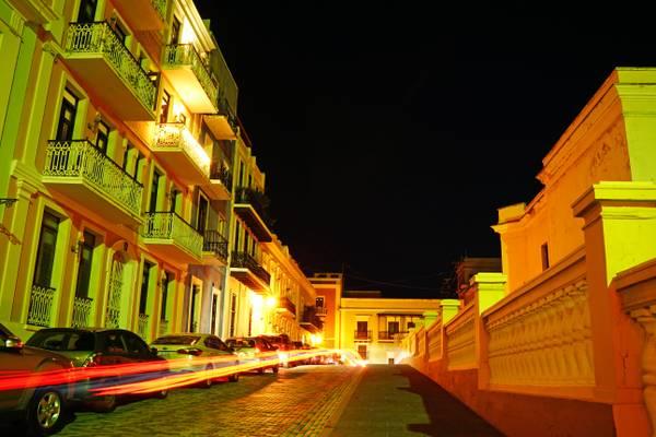 San Juan by night. Calle Luna