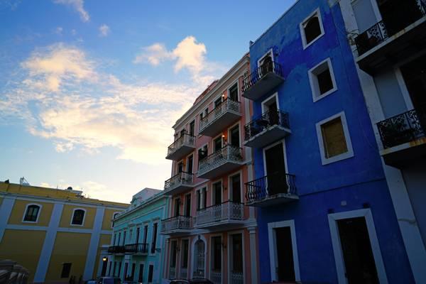 Calle Luna, Old San Juan