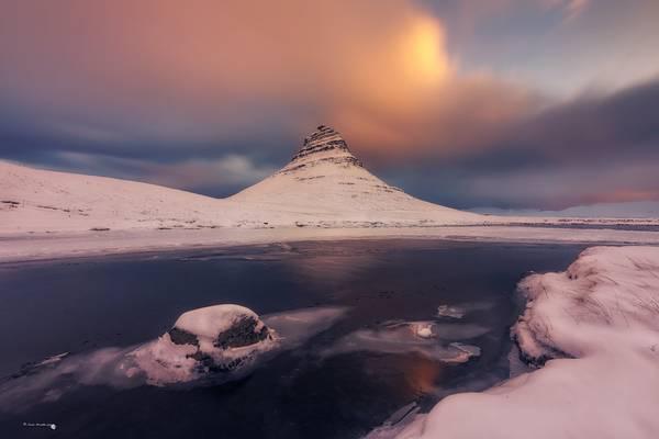 Kirkjufell from under the Kirkjufellfoss