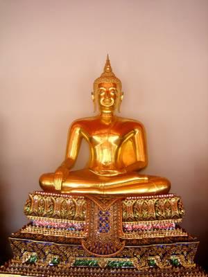 Buddhist statue, Wat Pho (Temple of the reclining Buddha), Bangkok, Thailand - วัดโพธิ์, กรุงเทพฯ, ราชอาณาจักรไทย