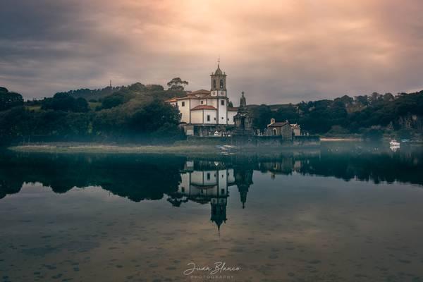 Ensenada de Niembro   Niembro   Asturias   2016