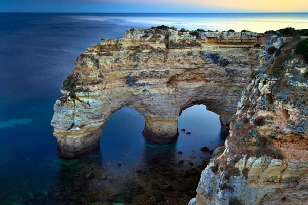 Praia da Mesquita Arches
