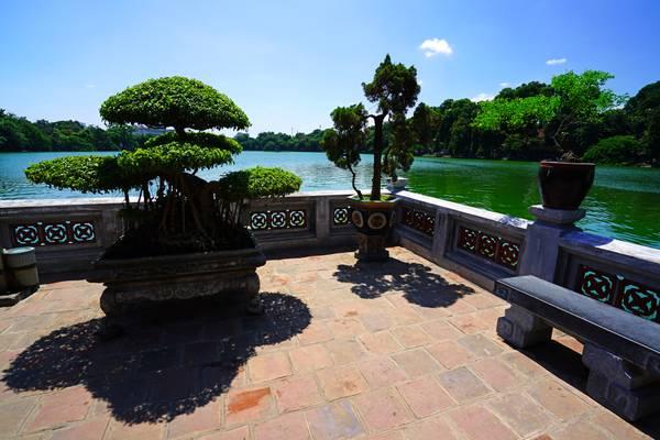 Hoan Kiem lakeview from Ngoc Son Temple, Nanoi